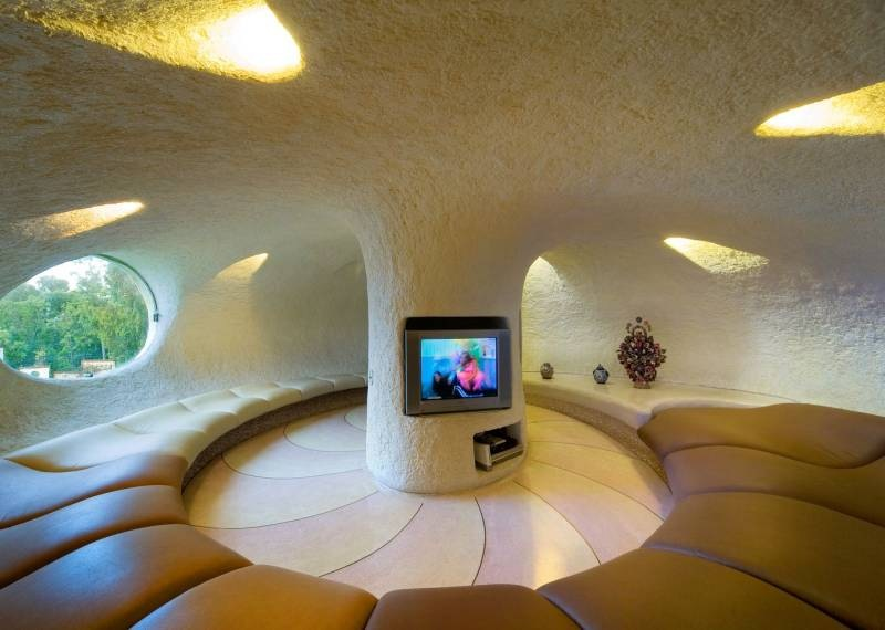 The Nautilus House by Javier Senosiain - Circular Living Room