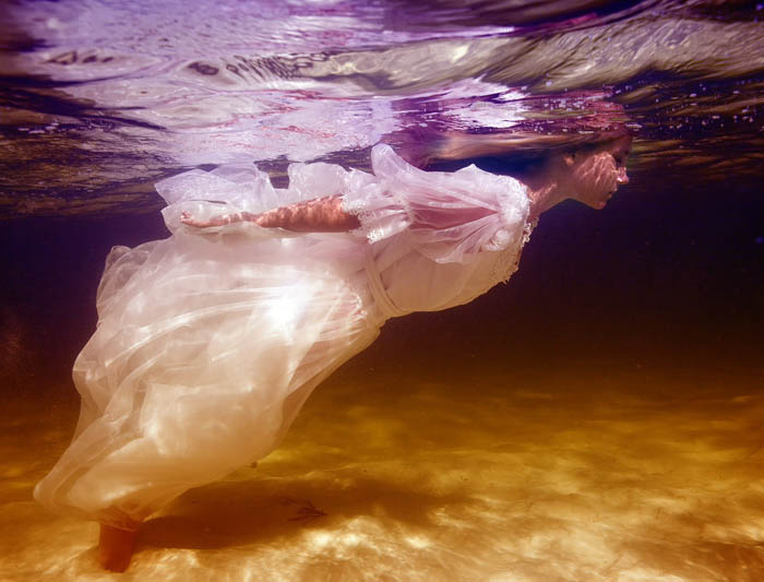 Elena Kalis Underwater Photography - Flow