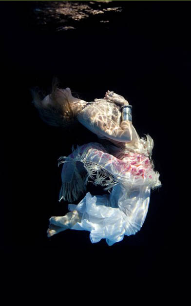 Elena Kalis Underwater Photographer