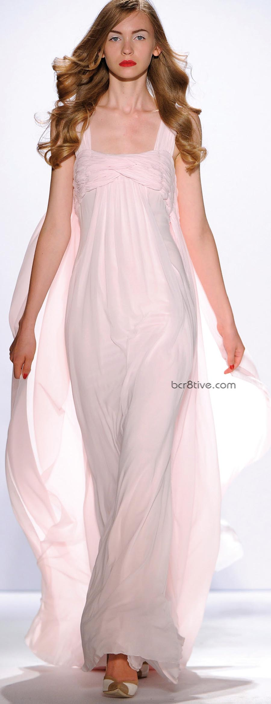 Gattinoni Spring Summer 2011 Ready to Wear - Pretty in Pink