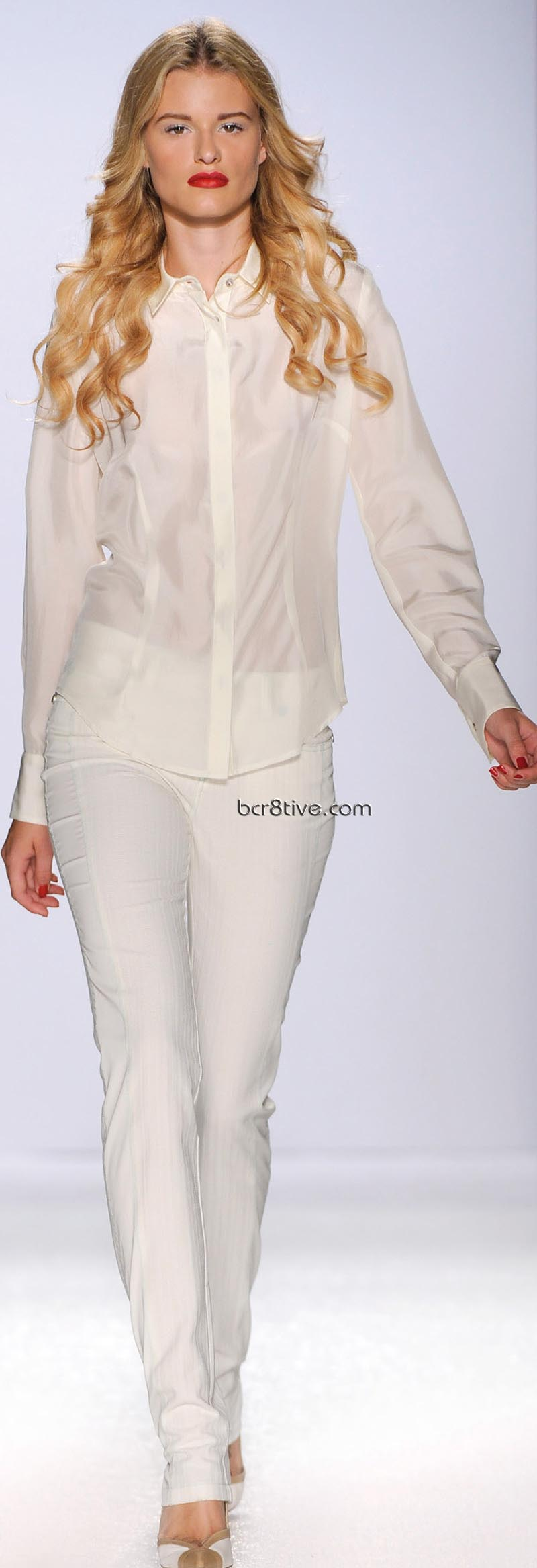 Gattinoni Spring Summer 2011 Ready to Wear - Royal Blues