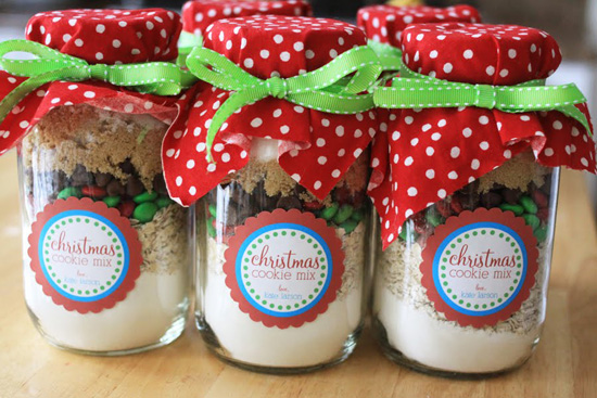 Holiday Colored Cookie Recipe in Mason Jars