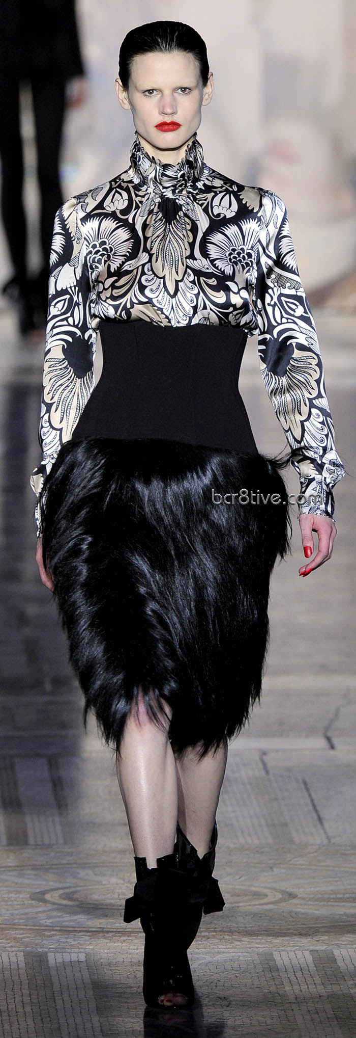 Giles Fall Winter 2011 Ready to Wear