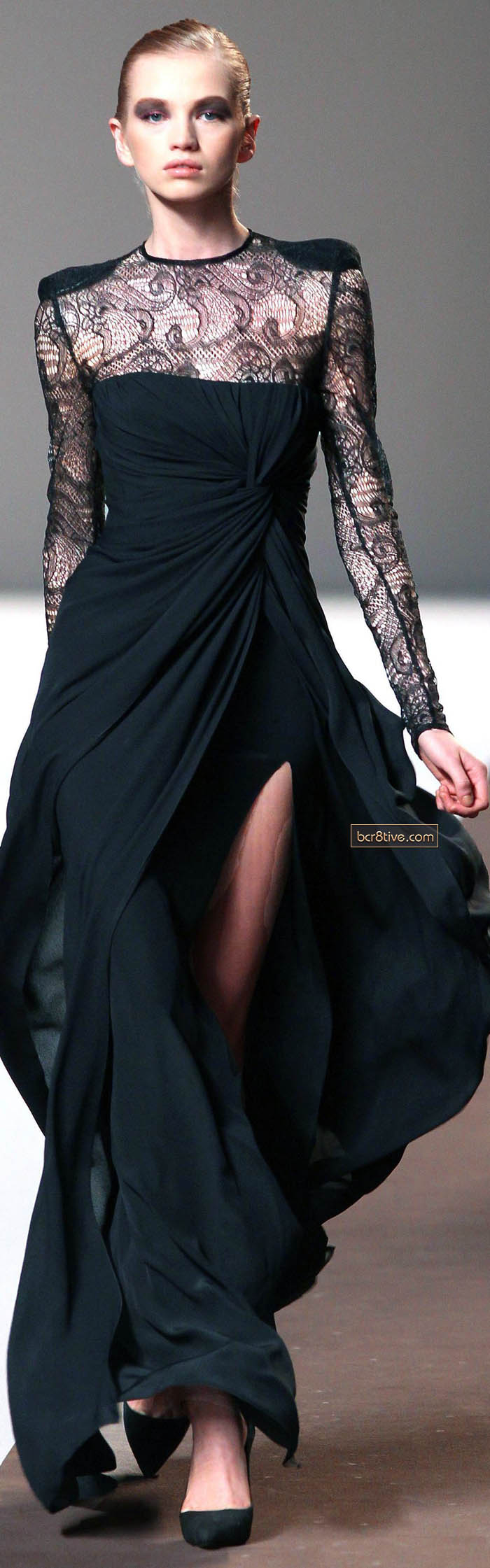 Elie Saab Fall Winter 2010 Ready to Wear
