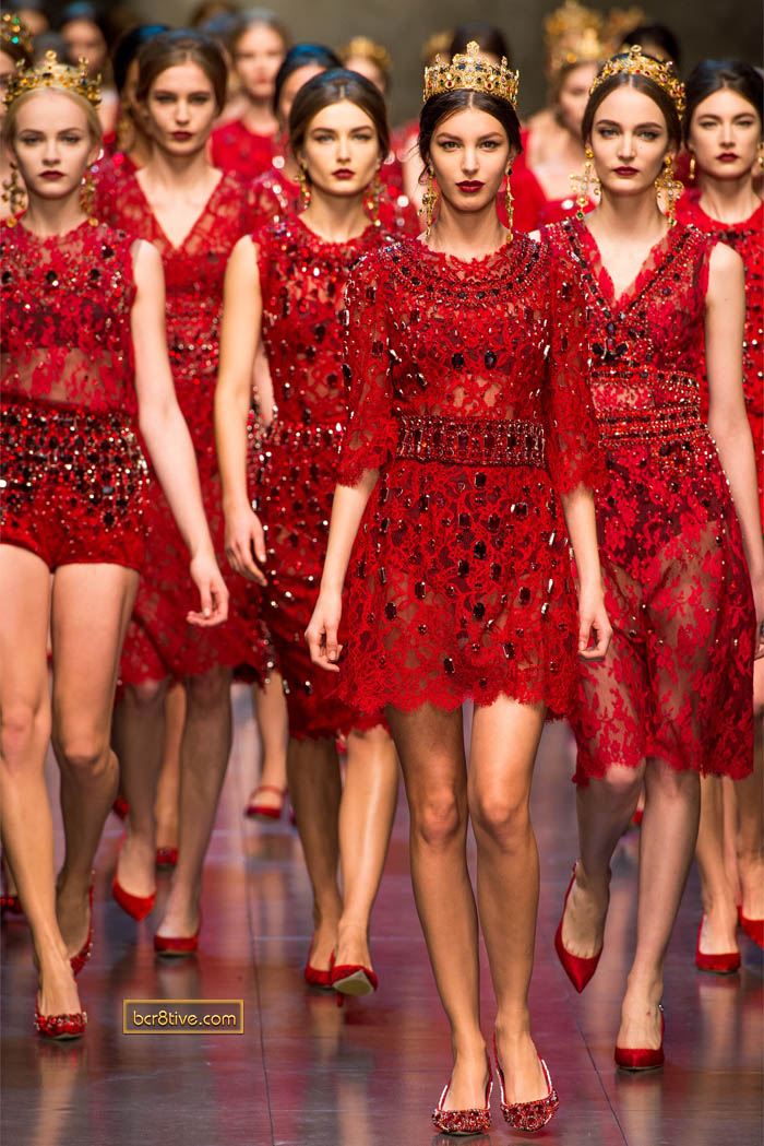 http://bcr8tive.com/wp-content/uploads/2013/04/dolce-gabanna-fw-2013-14-red-lace.jpg