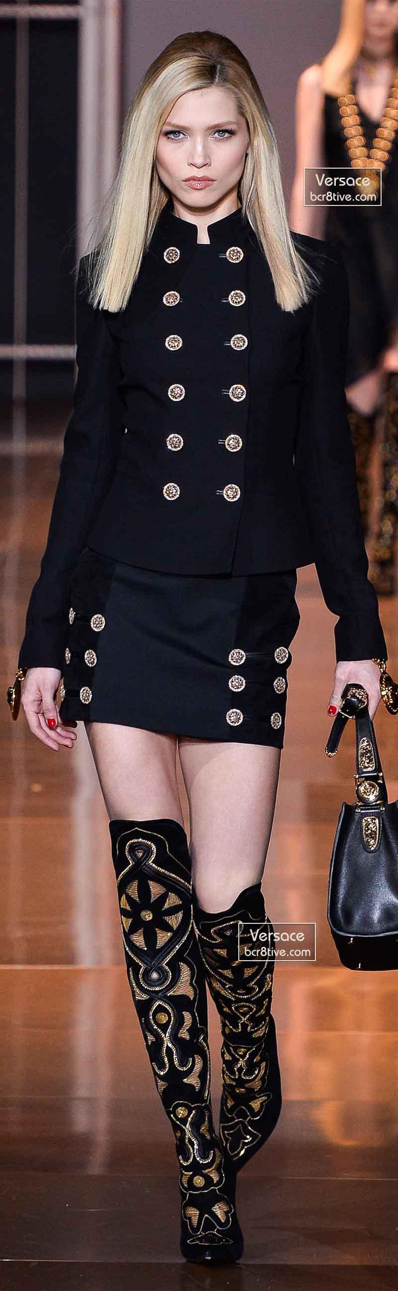 Versace Fall 2014 - Hana Jirickova