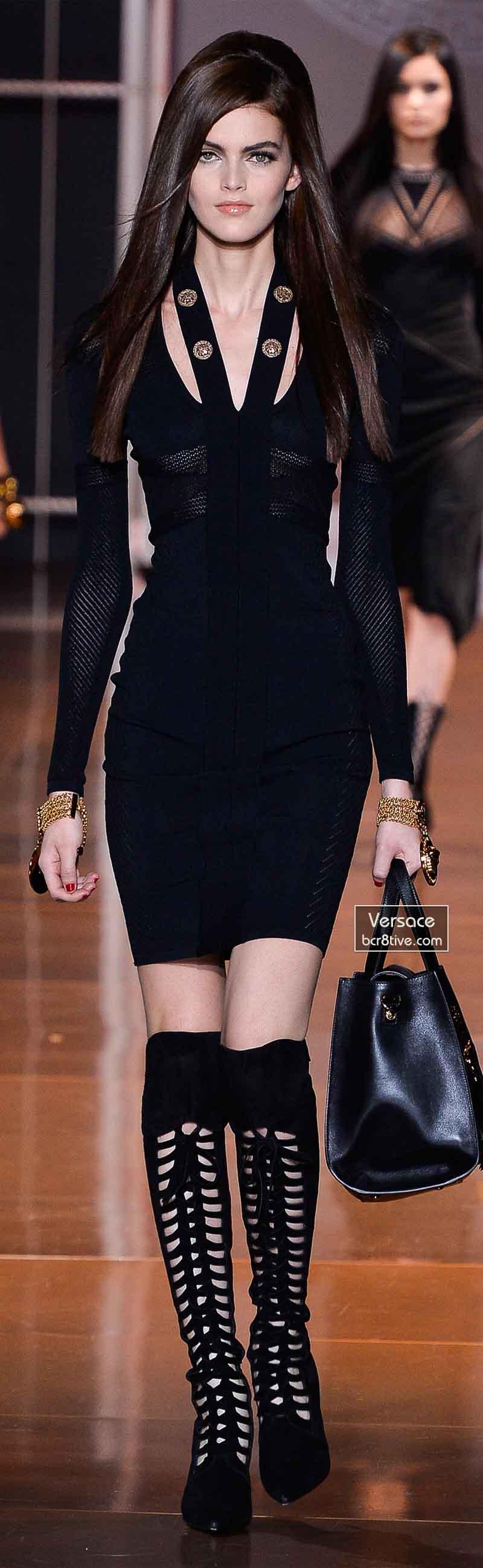 Versace Fall 2014 - Kamila Hansen