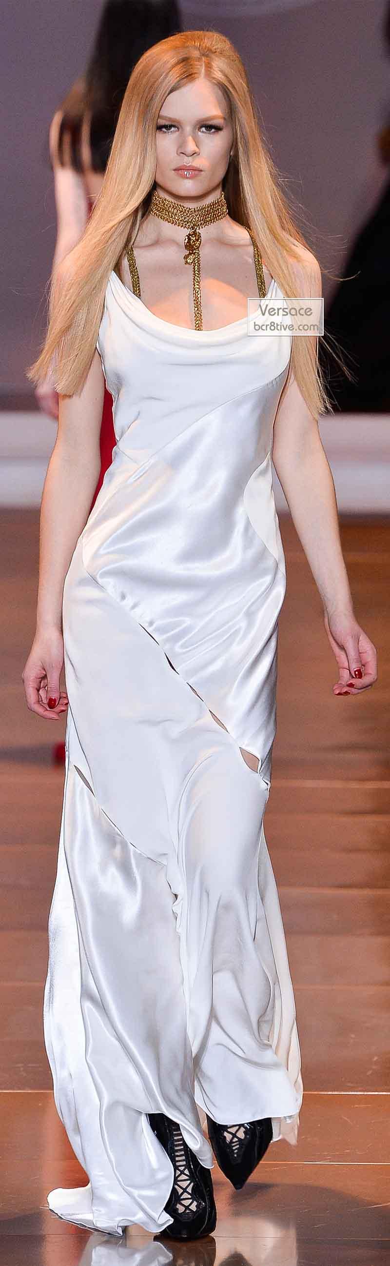 Versace Fall 2014 - Anna Ewers