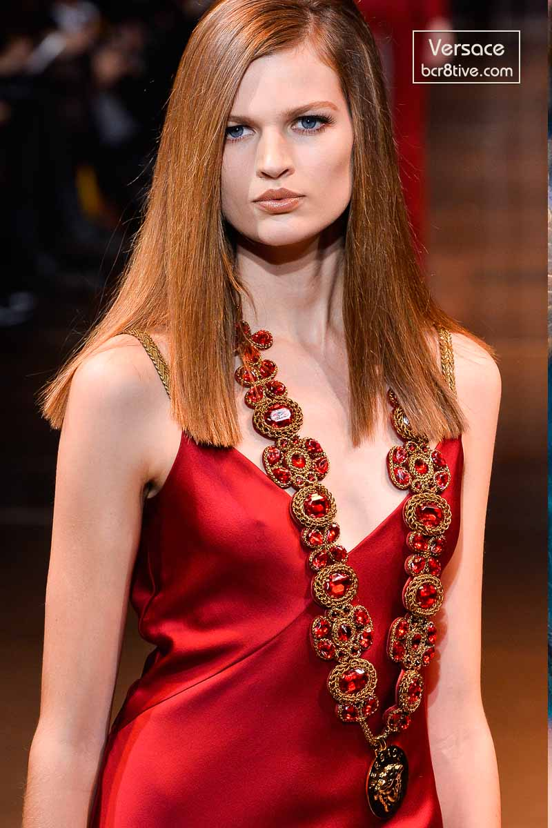 Versace Fall 2014 - Bette Franke