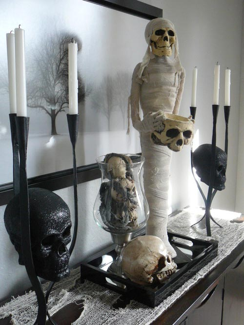 Hallween Eclectic Decorated Mantel