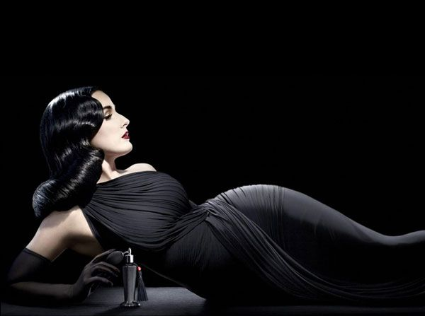 Dita Von Teese - Photo: Ali Mahdavi