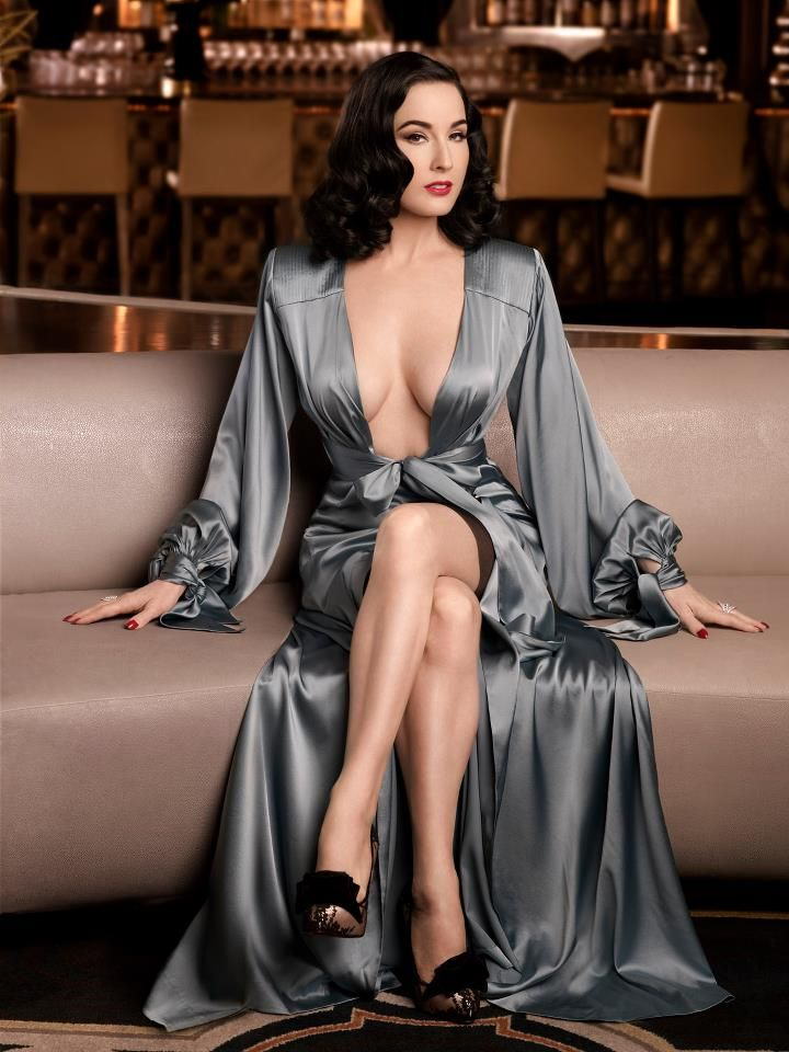 Dita Von Teese Glamour